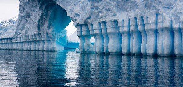 Pleneau Bay Antarctica Dusky S Wonders