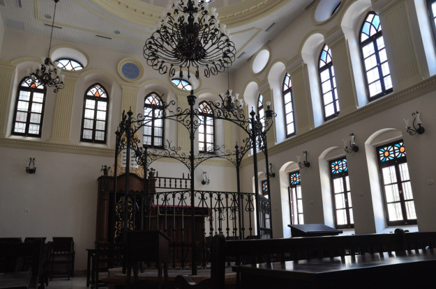 Ohel Yitzchak synogogue, Israel