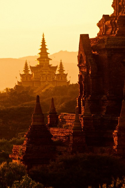 Temple Complex,  Bagan, Myanmar