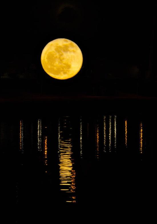 exqui image, moon (2)