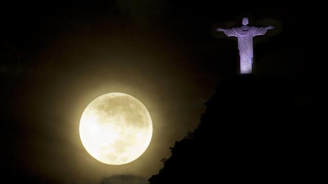exqui image, moon and jesus