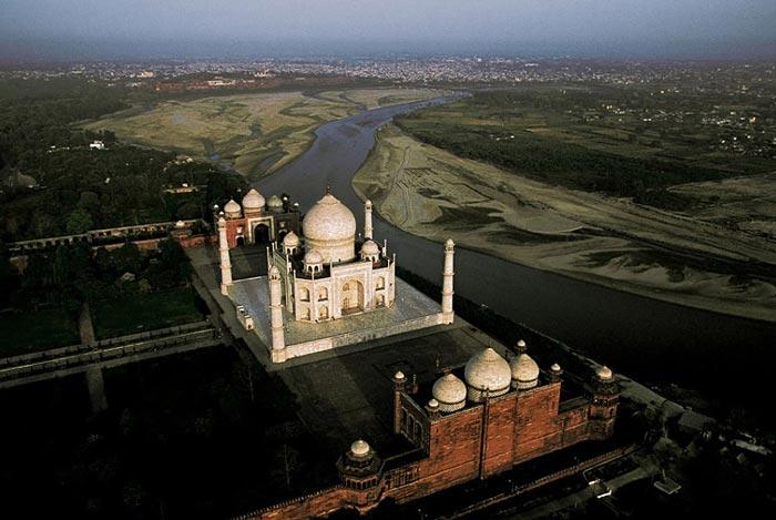 Taj Mahal, Agra Uttar, Pradesh, India