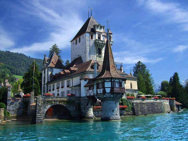 Villa on Lake Thun, Spiez, Switzerland