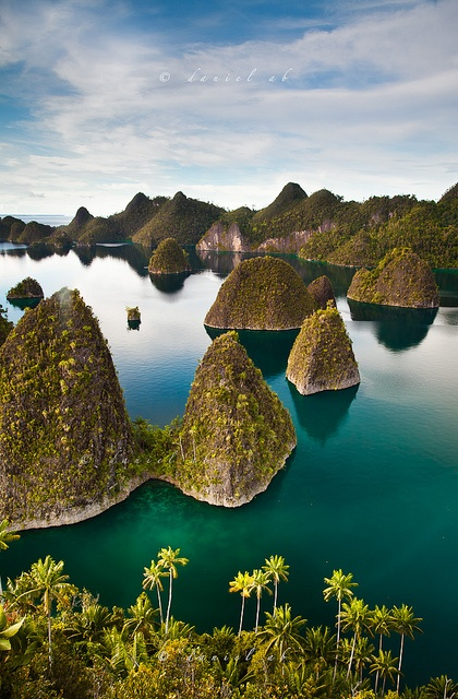 Raja Ampat, Papua, Indonesia. by danielab on flickr