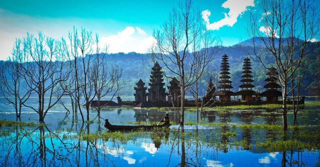 Tamblian Lake, Indonesia