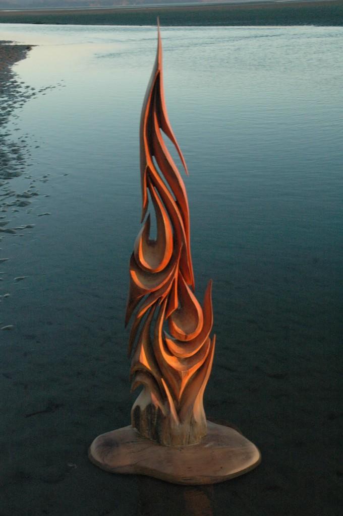 jeffro-Uitto-sculpture-680x1024