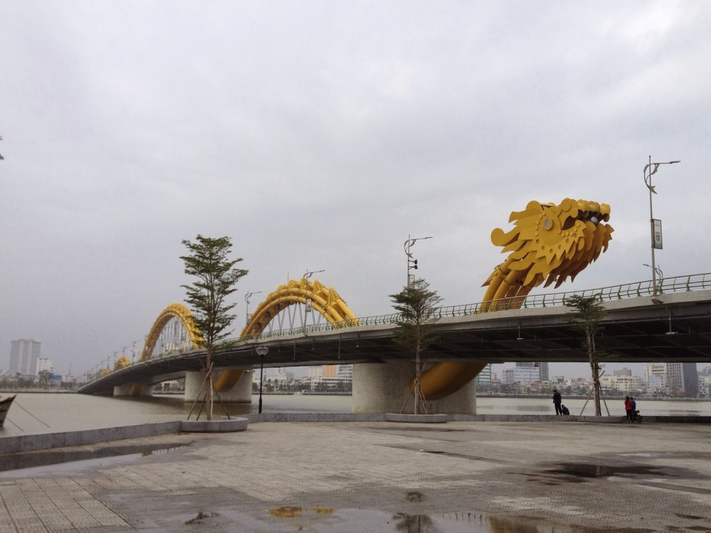 The world's largest dragon-shaped bridge over the Han River, Vietnam, covered in over 2,500 LED lights - and it breathes fire.