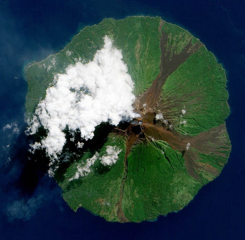 Manam volcano in Papua, New Guinea by jesse allen, NASA