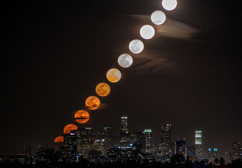 exqui image, moon rising via tim l.
