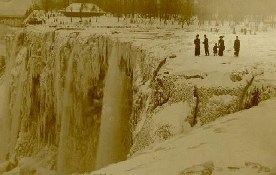 human ingen, Niagara Falls, 1911 frozen via Howard