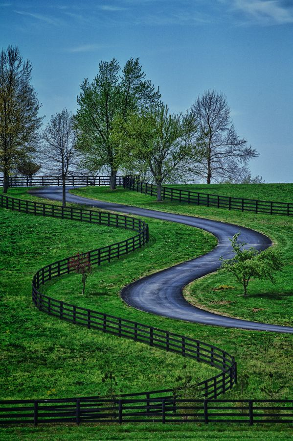 Kentucky Road, US by John Barrett,