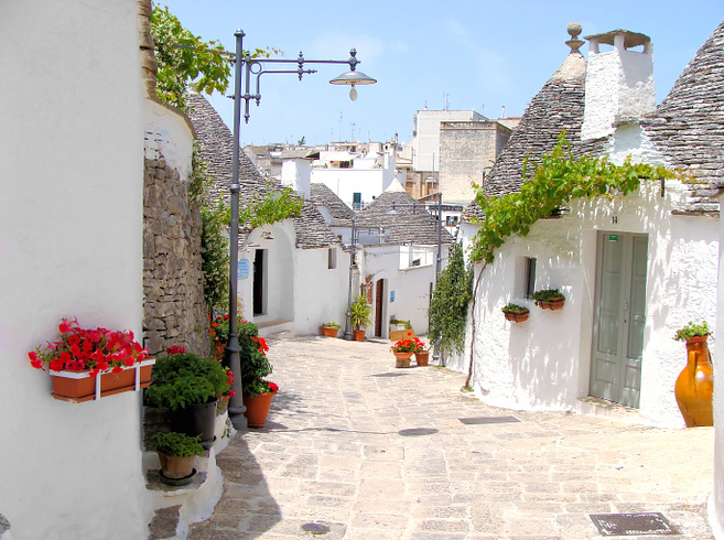 More Alberobello, Italy