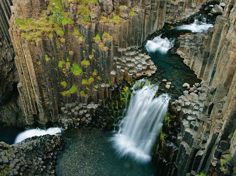 Falls at Litlanesfoss, Iceland
