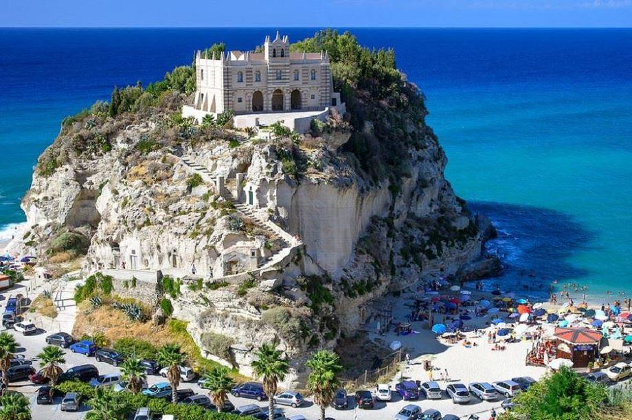 Santa Maria dell'Isola - Italy