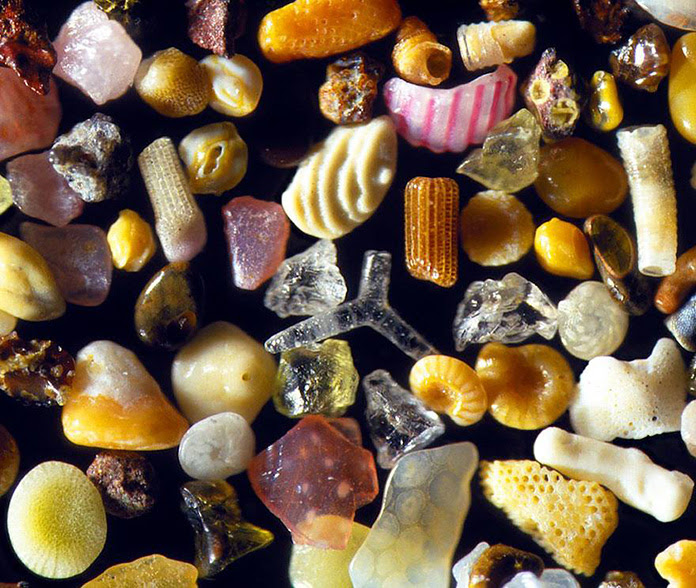 Dr. Gary Greenberg invented the high-definition 3D microscopes that he uses to take pictures of sand magnified 300 times it's size.