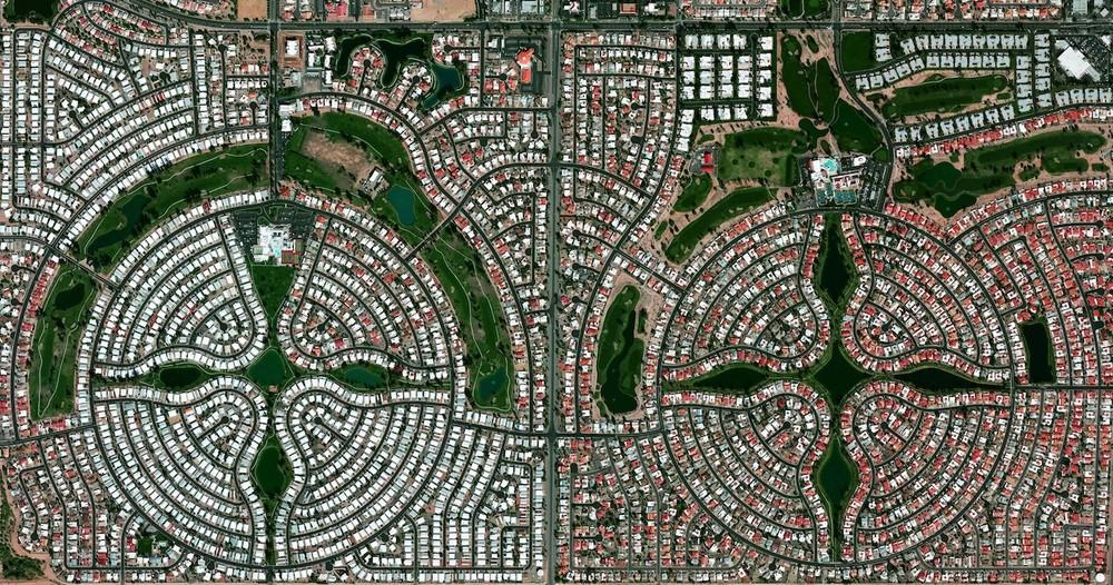 Sun Lakes, Arizona, USA is a planned community of approximately 14,000 residents, most of whom are senior citizens.