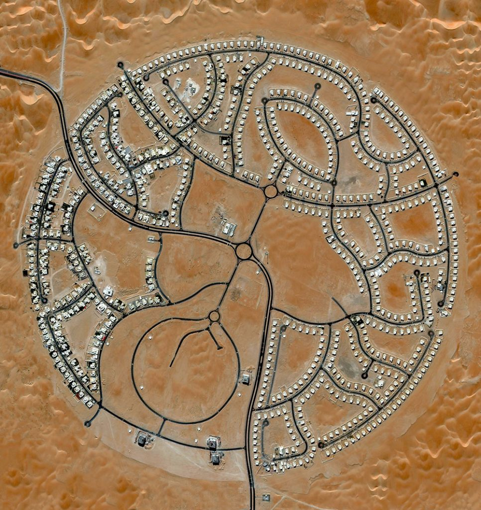The villas of marabe-al-dhafra in abu-dhabi-United Arab Emirates-are home to approximately 2000 people.